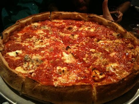 chicago style pizza cheese chicago style pizza cheese chicago style deep dish pizza