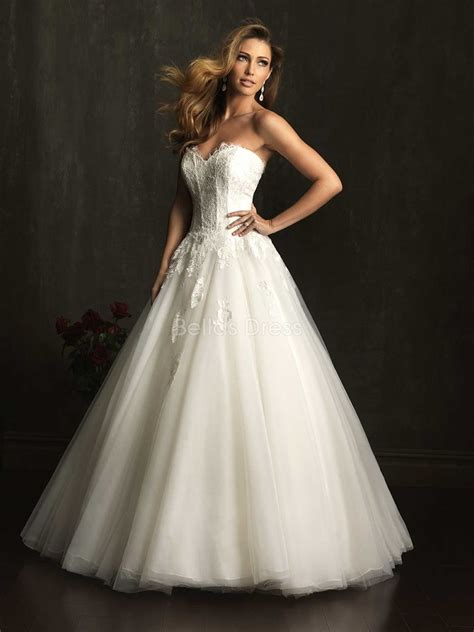 princess sweetheart neckline wedding dress with illusion