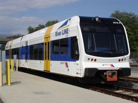 dmu used on the river line in new jersey