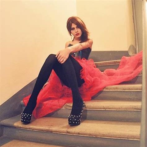 stossdr ssung gorgeous crossdresser from russia story of crossdressing