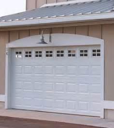 Garage Doors Chi Chi Traditional Garage Doors Economical Garage Doors Apple Door Systems