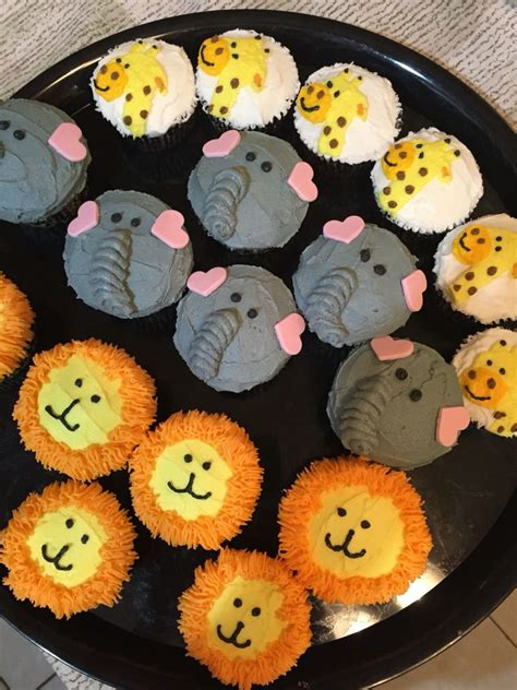 Make Jungle Animals best 25 jungle cupcakes ideas on jungle theme