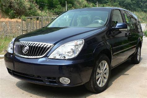 7 seat buick gl8 beijing car rental with driver