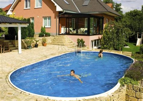 Backyard Swimming Pool by 6 Trends In Decorating And Upgrading Backyard