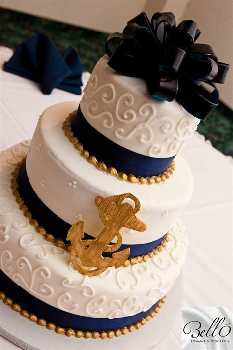 Cute sailor themed wedding cake! For those military