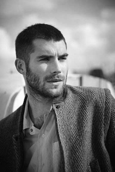 low maintenance hairstyles guy buzz cut hair for men 40 low maintenance manly