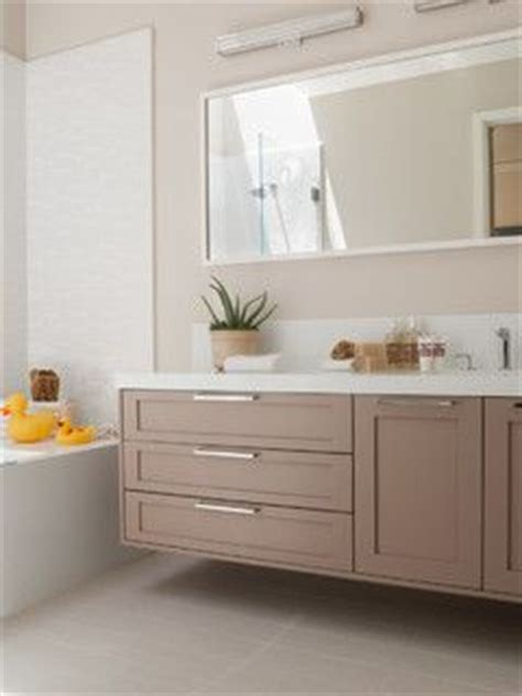 Shaker Style Badezimmer Vanity by Floating Vanity Vs Vanity With Legs Shaker Style Doors