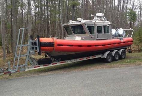 safe boats international 25 defender class 2004 safe boats defender class patrol boat power boat for