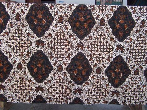 A19 Batik Tulis Lasem Klasik batik fabric that you can trust from indonesia batik dlidir