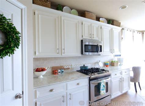 creamy white kitchen cabinets white laminate cabinets www pixshark com images