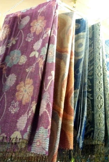 Pashmina Or Selendang grosir selendang pashmina batik grosir pashmina tanah