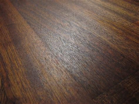 Mahagoni Holz Behandeln by Gekochtes Lein 246 L Auf Mahagoni Holzplatte