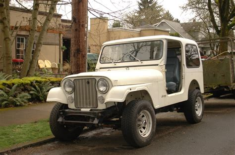 older jeep vehicles old parked cars 1984 jeep cj7