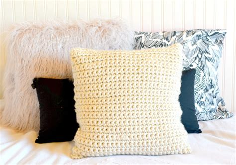 Crochet Pillow Pattern by Chunky Crochet Pillow Project In A Stitch