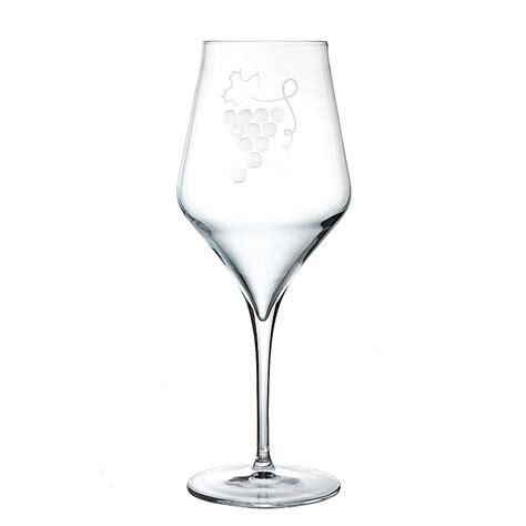 bicchieri da vino bianco e rosso calici in cristallo da vino rosso uva piatti adriano