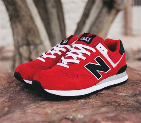 feature sneakers new balance