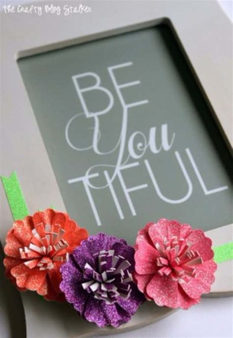 framed flowers on copper sheet craft ideas pinterest 34 sparkly glittery diy crafts you ll love