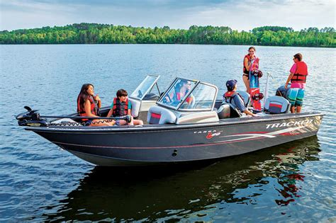 best quality fish and ski boats the best power boat for your cabin