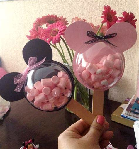 Minnie Mouse Party Giveaways - the ultimate list of minnie mouse craft ideas