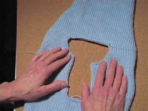 how to sew knitted shoulder seams how to knit a sweater part 6 join the shoulder seams