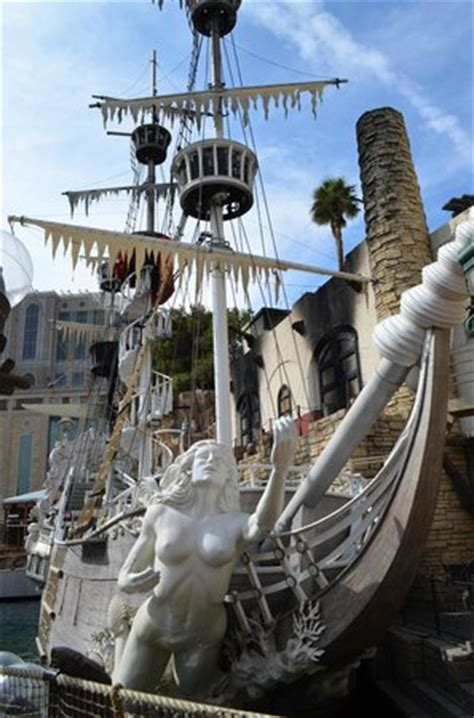buried a siren cove novel books pirate ship picture of the sirens of ti treasure island