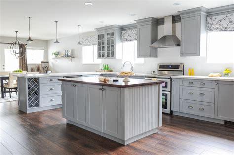 Cool gray cabinets kitchen HD9E16   TjiHome