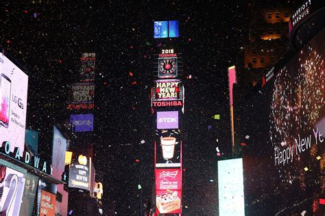times square live new year s 2016 live where to the times