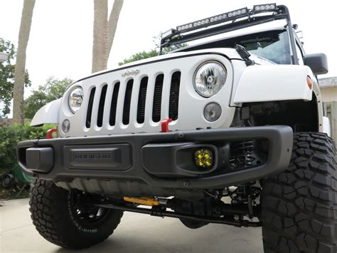 Jeep 10a Bumper Replace Fog Light Bulbs On Rubicon X 10a Bumpers Jeep