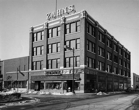 Furniture Stores Racine Wi by 25 Best Ideas About Racine Wisconsin On