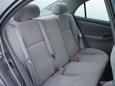 image 2005 toyota corolla 4 door sedan le manual natl rear seats size 640 x 480 type gif