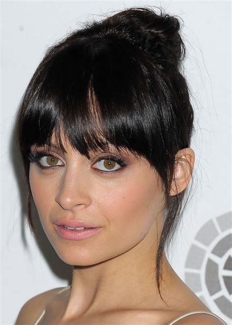 Nicole Richie Hairstyles: Raven Hair Knot   Pretty Designs