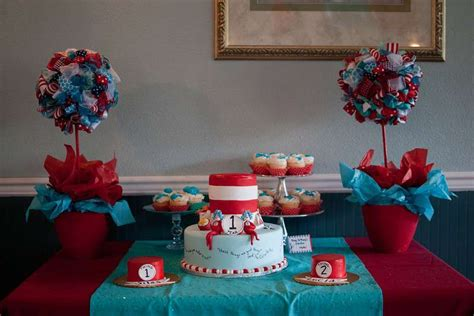 Thing 1 Thing 2 Decorations by Dr Seuss Thing 1 Thing 2 Birthday Ideas Photo 3 Of