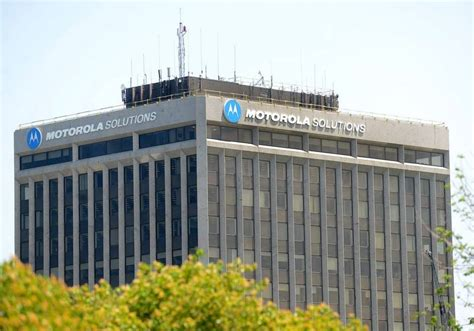 Motorola Corporate Office by End Of Era Motorola Solutions Hq Leaving Schaumburg After