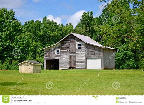 garages and barns rustic barn shed garage and house stock image image 32219555
