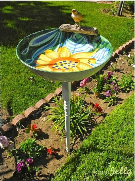 Trash To Treasure Ideas Home Decor by How To Make A Cute Serving Bowl Birdbath For 5 Homejelly