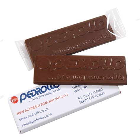 personalised chocolate bars chocolate giveaways the