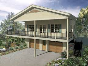 Garage Plans With Apartment by Best 25 Garage With Apartment Ideas On Pinterest Above