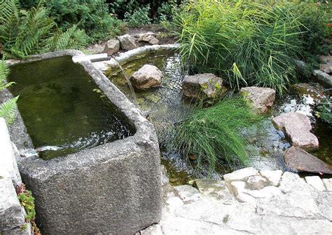 wasser im garten ein kleiner wassergarten ein geheimer garten mit