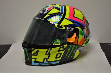 rossi helmet design 2016 racing helmets garage agv pistagp valentino rossi 2016 by