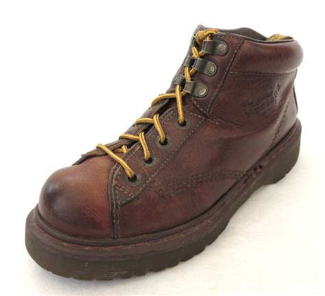 doc martens boots doc dr martens boots 9 us brown leather airwair mens