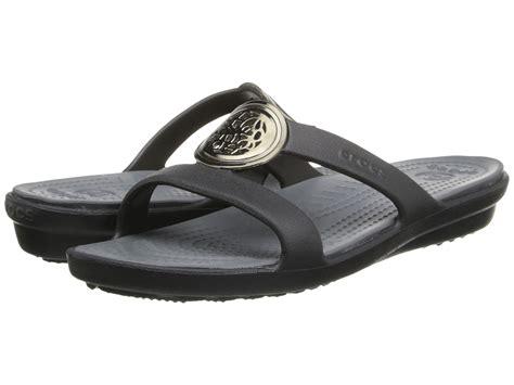 crocs sanrah sandal 5 100 4 0 3 0 2 0 1 0