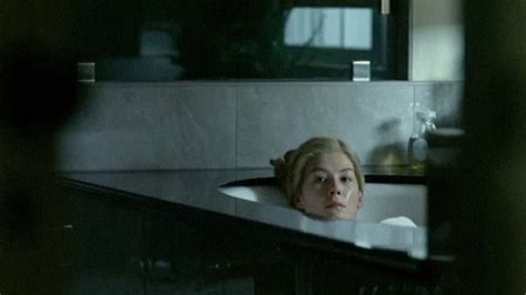 jack reacher bathroom scene rosamund pike s in gone girl shows she is ready to bloom
