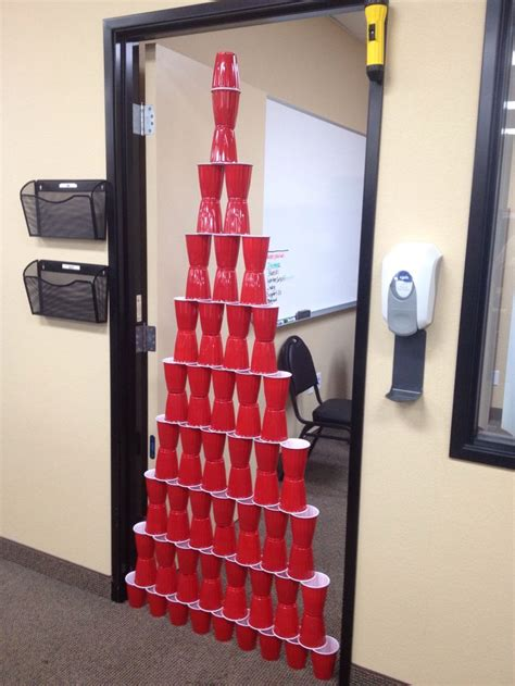 Easy Office Pranks by Best 25 Birthday Pranks Ideas On