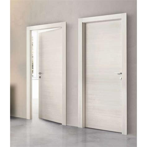 porte interne in laminato le pi 249 porte in laminato con inserto in alluminio da