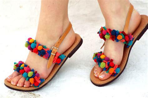 Sandal Wedges Oshin Flat Pompom Orin do you like pom pom sandals world of the