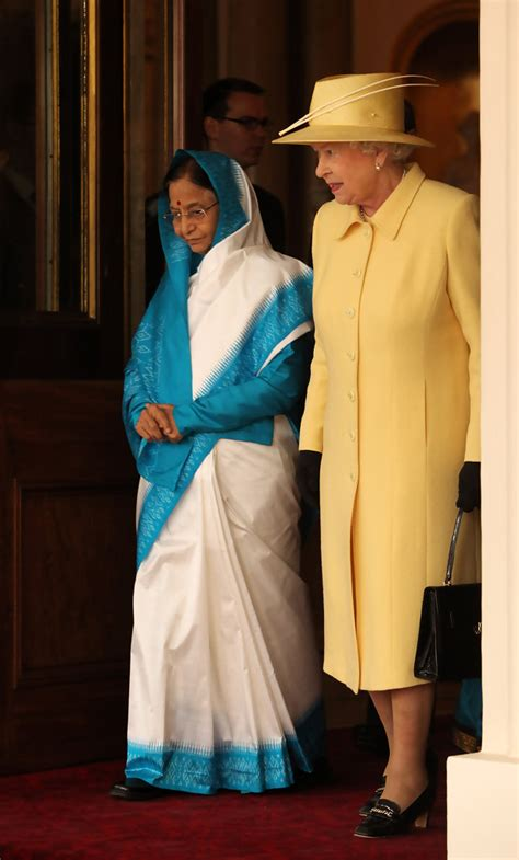 queen elizabeth biography in hindi queen elizabeth ii photos photos the president of india