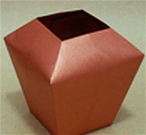 Simple Origami Vase - 88 best images about vases on ceramics
