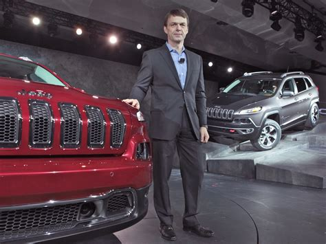 jeep boss mike manley jeep ceo mike manley says it s time to change calls the