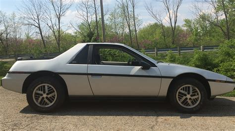 1984 Pontiac Fiero by 1984 Pontiac Fiero G27 Indy 2017