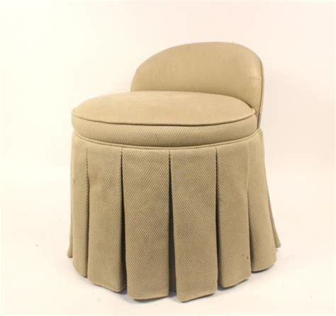 Skirted Vanity Chair | upholstered skirted round vanity chair